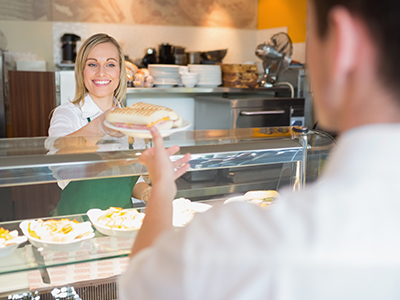 Prizma FM Zrt.: Közétkeztetés, munkahelyi étkeztetés, catering, B&I a Prizma Csoporttól. Önkiszolgáló éttermek, kávézók, room-service, rendezvények lebonyolítása. Közétkeztetésben a Junior Zrt.-Magyarország első gyermek-, diák- és munkahelyi étkeztetéssel foglalkozó vállalata- 2013 óta a Prizma Csoport tagja, mely az egészséges táplálkozást szívügyének tekinti, ezért szakértői csapata dietetikusokból, élelmezésvezetőkből, elkötelezett és képzett szakácsokból áll.